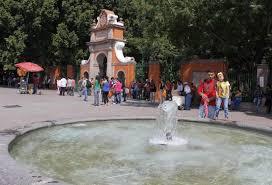 Buscan sacar a ambulantes, prostitutas y... - Reporte Querétaro   Facebook